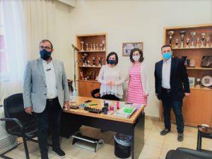 Η κ. Λουκία Κεφαλογιάννη με τον κ. Δημήτρη Σμυρνή , Πρόεδρο του Δημοτικού Συμβουλίου Δήμου Αμαρουσίου και κ. Πέτρο Κόνιαρη, Πρόεδρο του Ο.ΚΟΙ.Π.Α.Δ.Α.